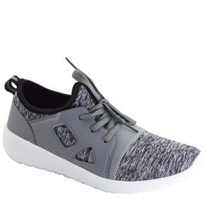 Shoes - JUST IN‼️ Gray Slip On Sneakers